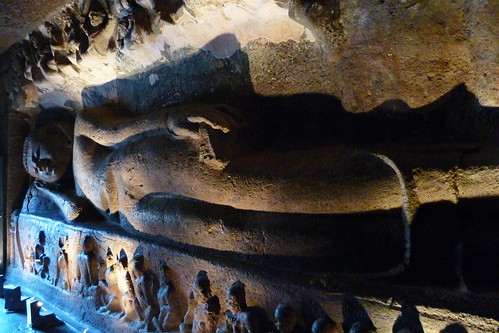 India - Ajanta Caves - Reclining Buddha - 80