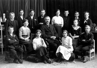 Avgangklasse Byåsen skole (1913)