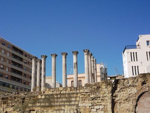 Ruinen als Säulengang: Der römische Tempel in Cordoba