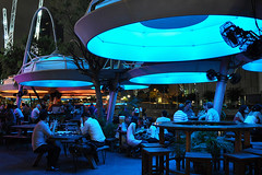 Singapore - Outside Bar