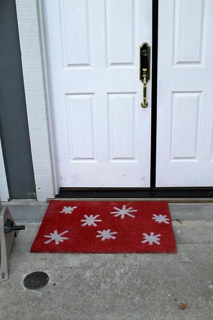 DIY spray painted door mat