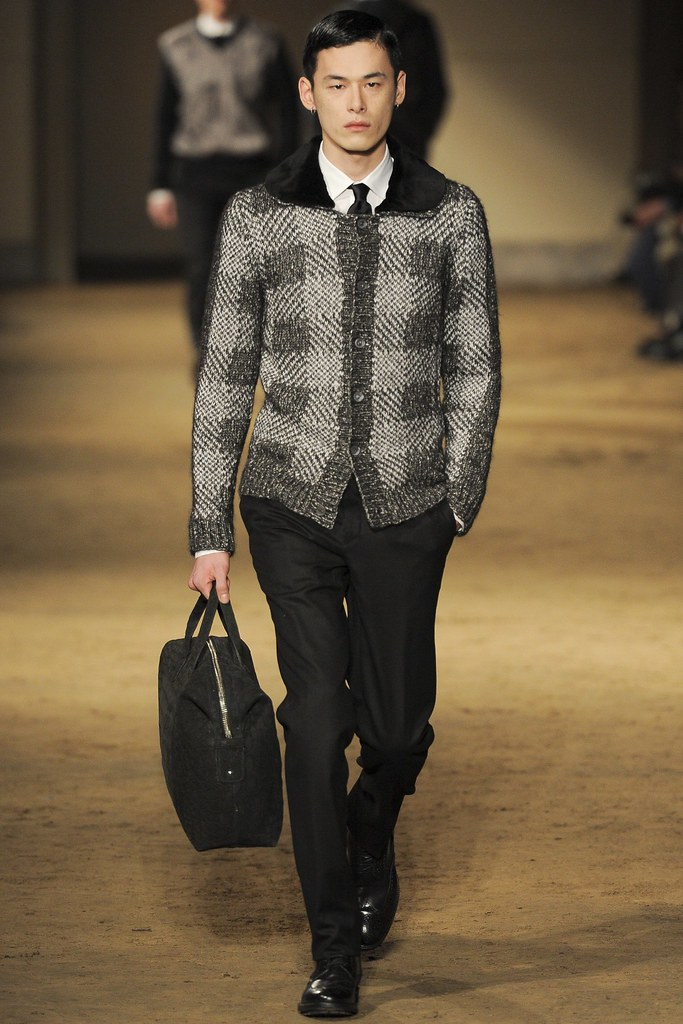 FW14 Milan Corneliani029_Kim Won(VOGUE)