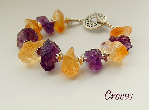 Crocus Bracelet by gemwaithnia