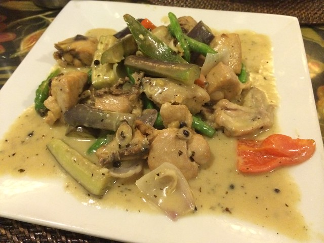 Paraiso curry chicken - Paraiso Grill