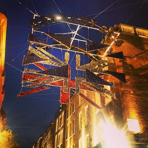 Carnaby St #carnaby #london #flag #bandeira #british