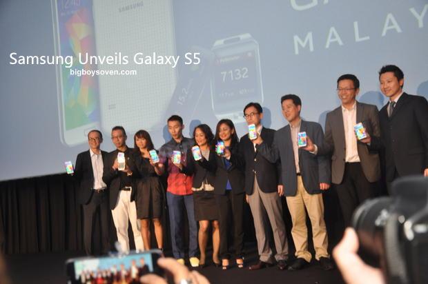 Samsung unveils Galaxy S5 2