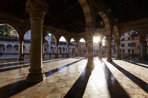 sunset sun canon eos wide piazza sole 1740 colonne mattina 6d loggia liberta udine