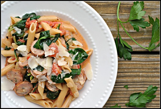 Creamy Chicken Sausage and Spinach Pasta 3