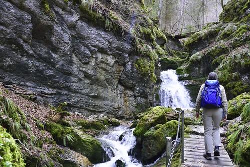 geotagged schweiz switzerland nikon wasser suisse camino hiking path bach che wandern wather wanderweg fleurier nikonshooter cantondeneuchâtel pouettaraisse nikonschweiz d5300 capturenx2 ponte1112 nikkor18200vrll viewnx2 geo:lat=4688704000 geo:lon=660822167