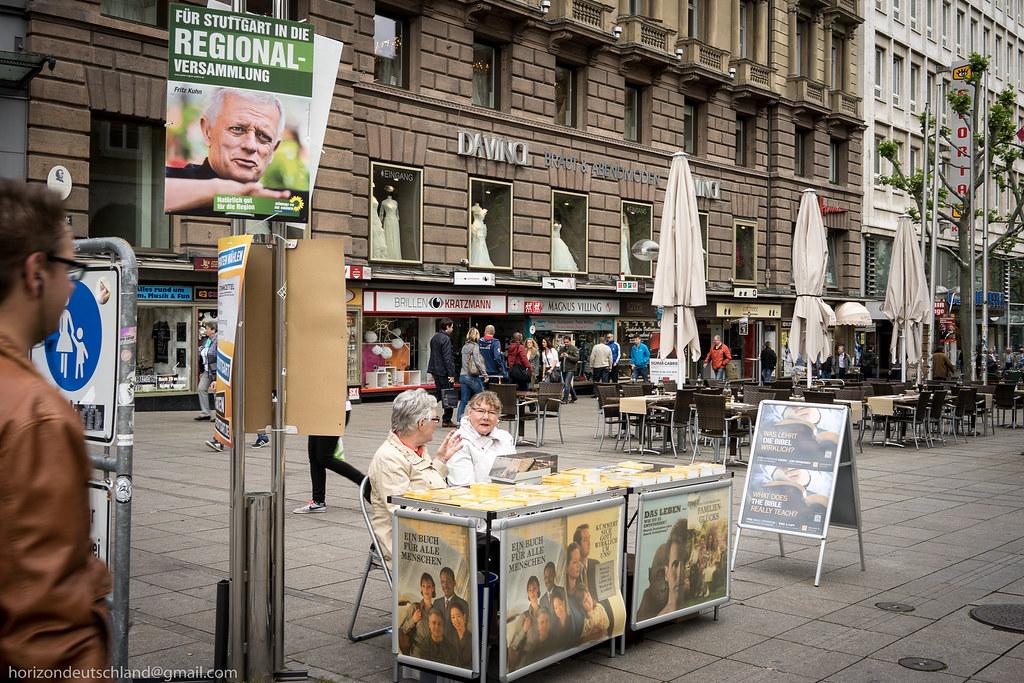 Stuttgart_before_Europe_Parliament_election-01013