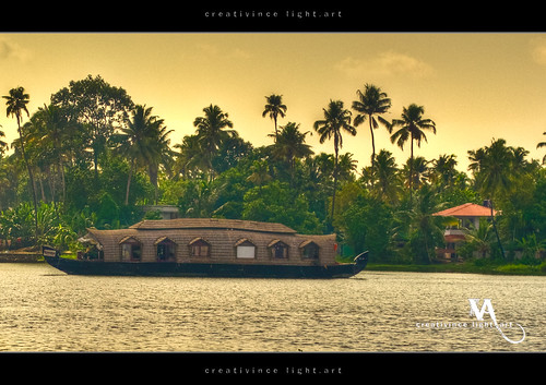 jetty houseboat kerala cheranalloor creativince