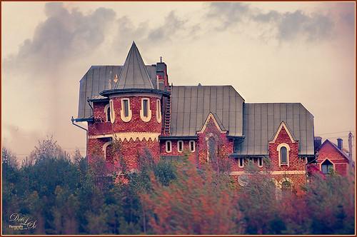 Image of an old castle-like building in Belarus