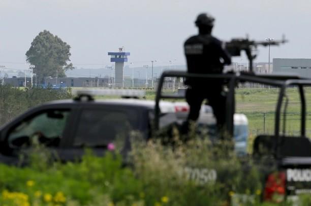 Coordina Osorio labores de búsqueda de 'El Chapo'