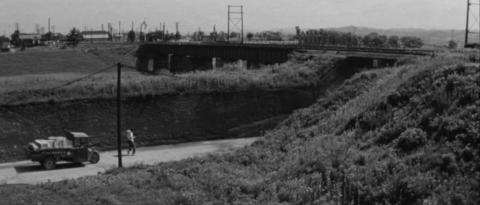 29−東北本線・磐越東線の逢瀬川橋梁と県道57号線のアンダーパス
