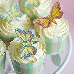 Gluten free raspberry & cream cupcakes