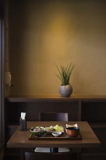 Scene @ a cafe