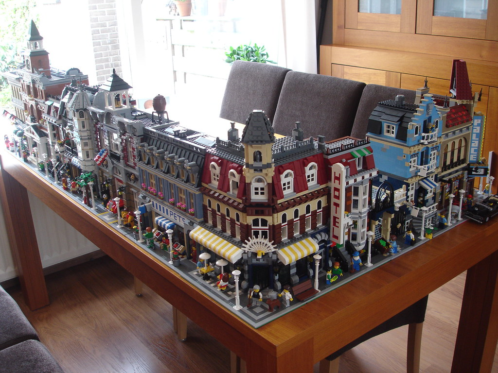 How Do You Display Your Modular Building Collection Lego Town