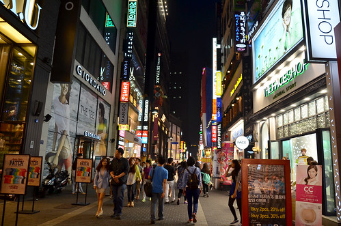 A_night_at_Myeongdong3
