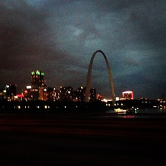 Rain and lightening around the Arch.