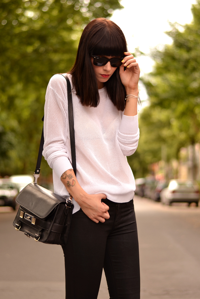 Black White Outfit J Brand Sojeans Sporty Look 8
