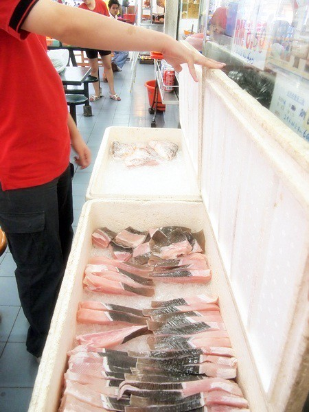 Melaka - Asam Pedas fish at Pasar Borong Taman Merdeka-003
