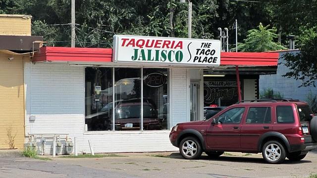 Exterior Taqueria Jalisco in Des Moines, Iowa