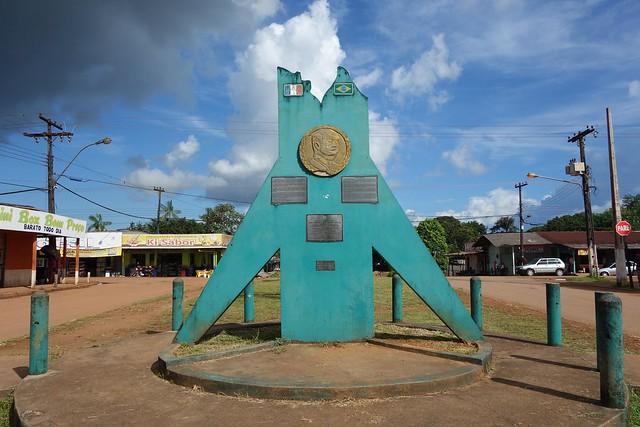 Monumento do Laudo Suíço 1900-2000