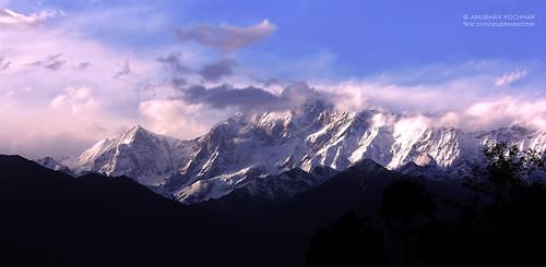 morning travel india mountain snow beautiful clouds sunrise canon wow photography eos amazing awesome peak range capped massif mesmerising uttarakhand ukhimath 60d uttrakhand flickraward chaukhamba 55250mm eos60d flickrtravelaward efs55250mmisii soloindiantraveller anubhavkochhar airingbyway