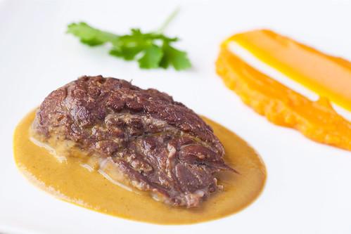 Galtot-de-vedella-amb-puré-de-moniato