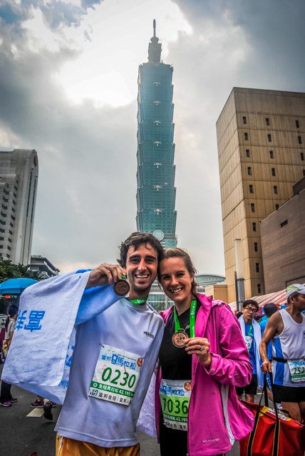 A Cruising Couple Taipei Marathon Traveling Couple