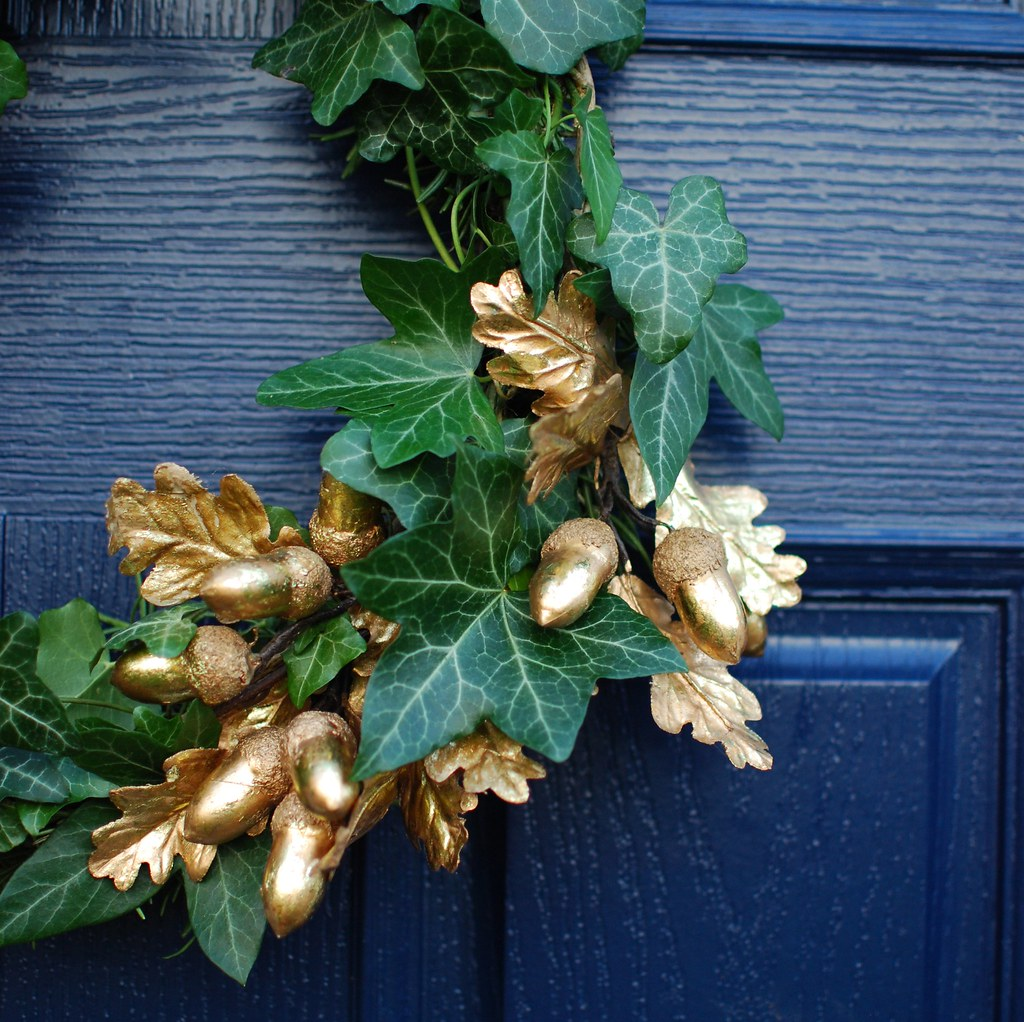 chambray and curls Christmas wreath Ivy and gold