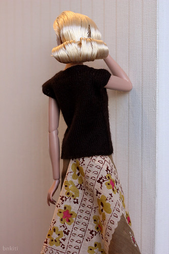 knitted sweater, back style
