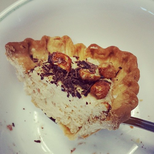 Yup a clean slice. Peanut butter pie for #PiDay