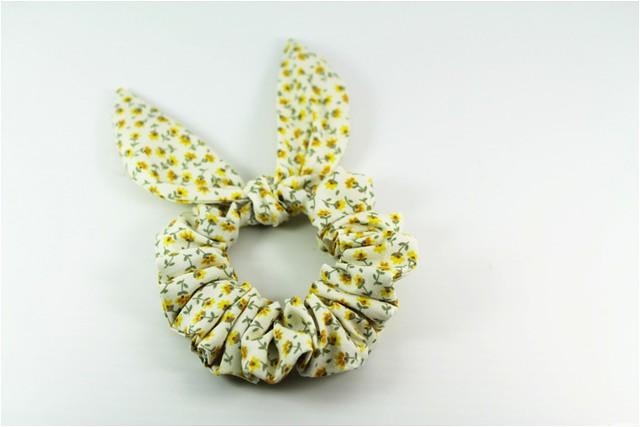diy bunny ear scrunchie 11