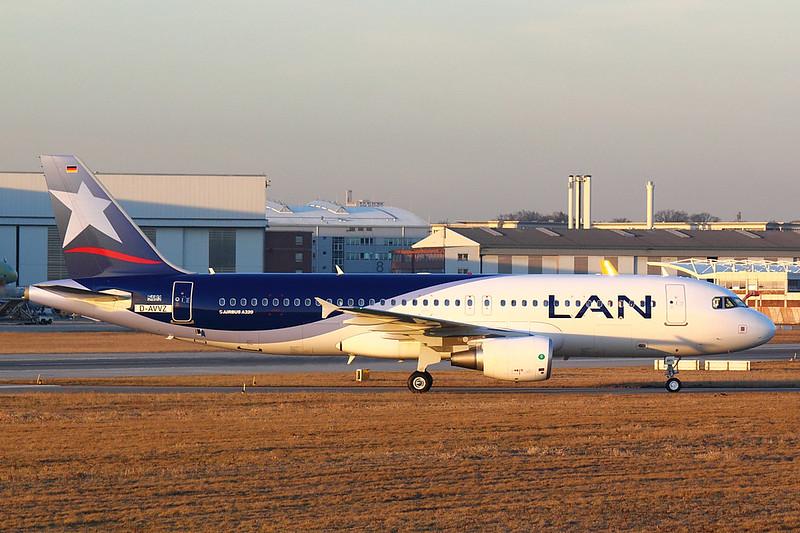 LAN Chile - A320 - D-AVVZ (4.5)