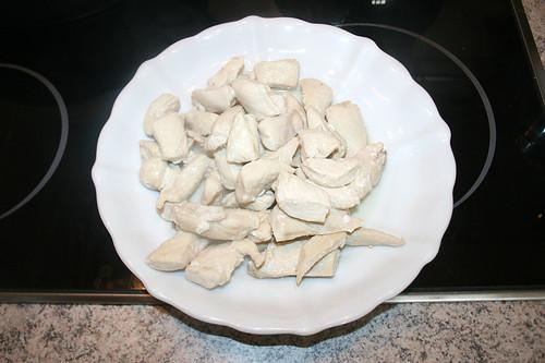 26 - Hähnchenbrust entnehmen & bei Seite stellen / Remove chicken breast & put aside