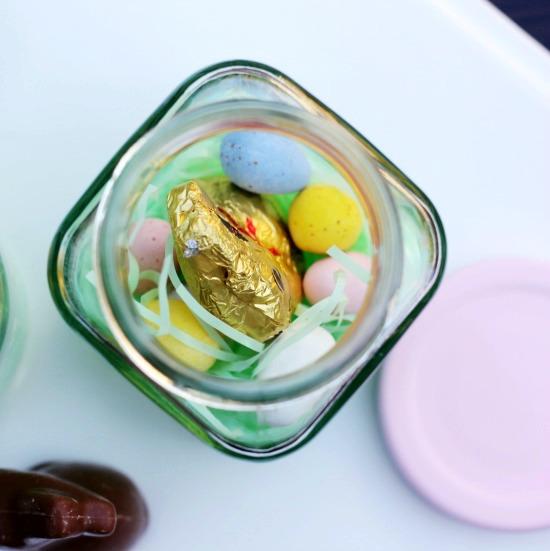 Hi Sugarplum | Simple Easter Treat Jars