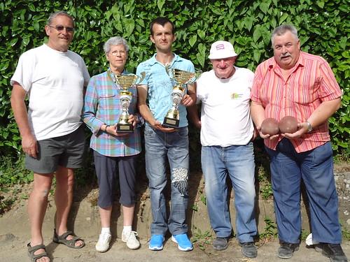 04/07/2015 - Mille Club (Morlaix) : Les finalistes du concours en doublettes formées