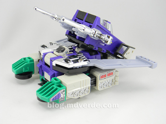 Transformers Sixshot G1 Reissue - Transformers Asia - modo tanque