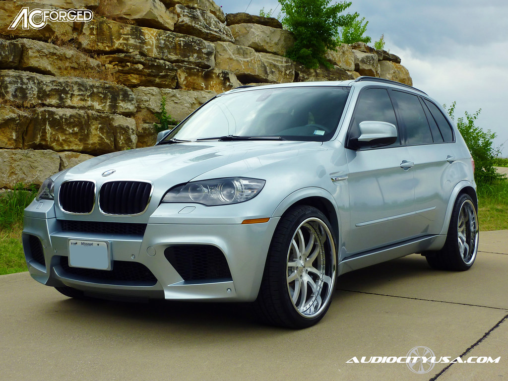 2010 bmw x5 m pirelli tires 22 ac forged 312. Black Bedroom Furniture Sets. Home Design Ideas