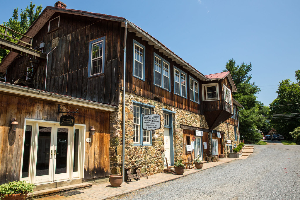 Iron Gate Antiques and Restoration in Bluemont Virginia