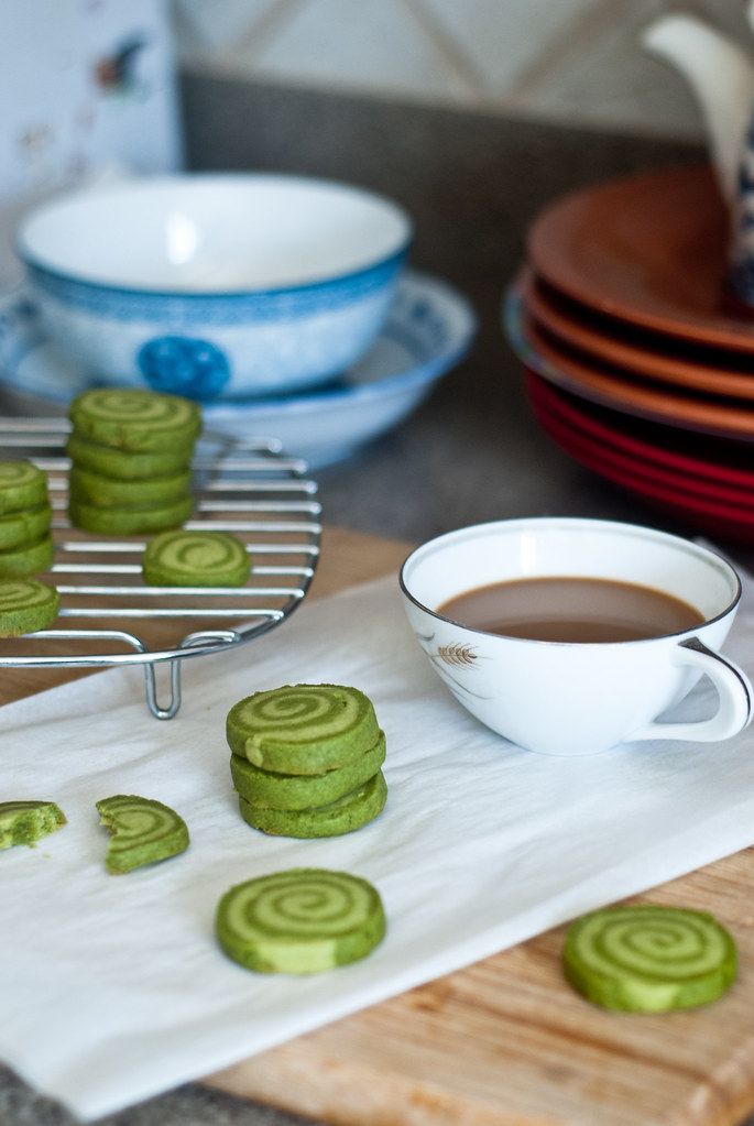Coffee and matcha shortbread, vertical 2