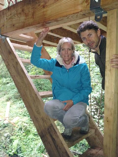 Karin van veen y manu grymonpr son los promotores del - Cabana en los arboles ...