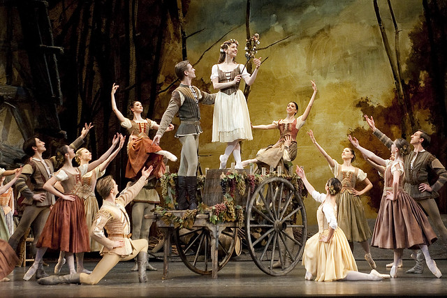Marianela Nuñez as Giselle and Rupert Pennefather as Albrecht in Giselle Act I © ROH / Tristram Kenton 2011