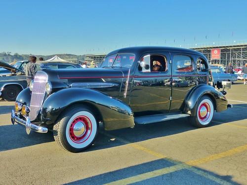1935 Oldsmobile Six 4-Door Sedan