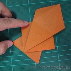 วิธีพับกระดาษเป็นรูปหมี (Origami Bear) 024