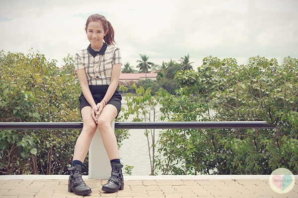 lovechic love chic shai lagarde shailagarde iloilo midway farm organic restaurant topshop zara dorothy perkins boots playsuit playground children jumpsuit cute black and white outfit casual side ponytail 3