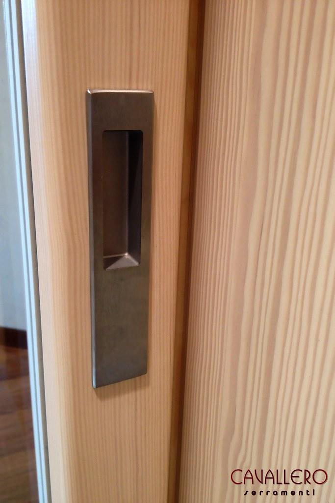 Galleria foto serramenti linea area - Maniglia porta finestra ...