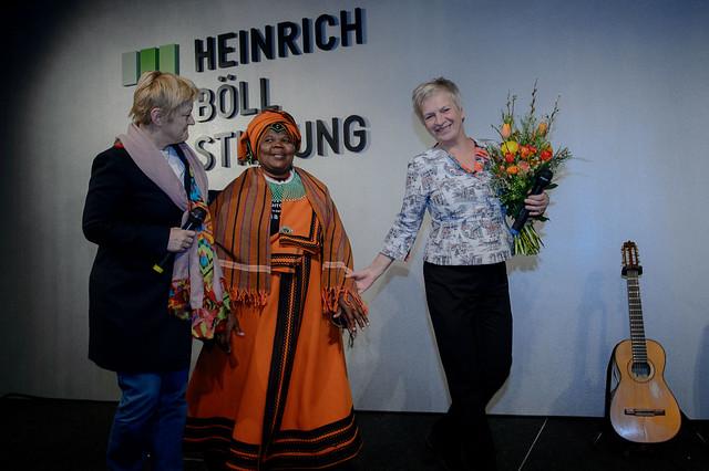 Renate Künast, Nomarussia Bonase, Barbara Unmüßig, Foto: stephan-roehl.de