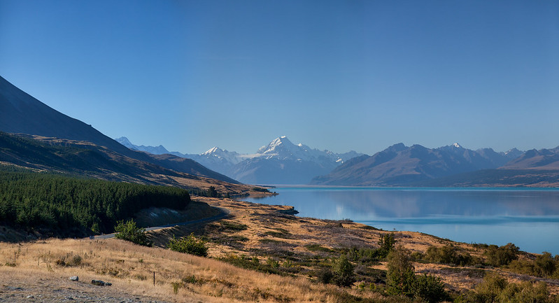 Mount Cook & Pukaki lake, Canterbury, New Zealand